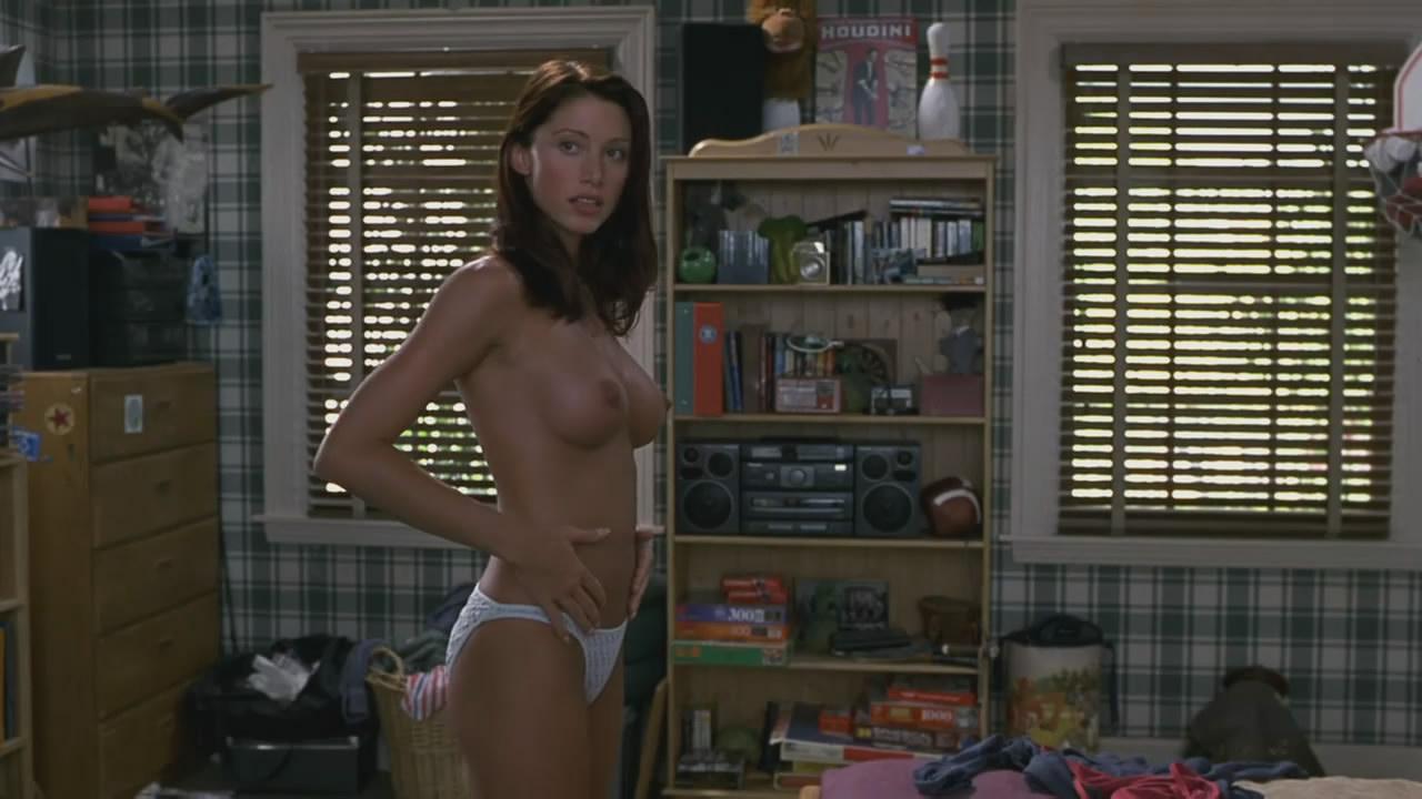 american pie beta house nude bra scene
