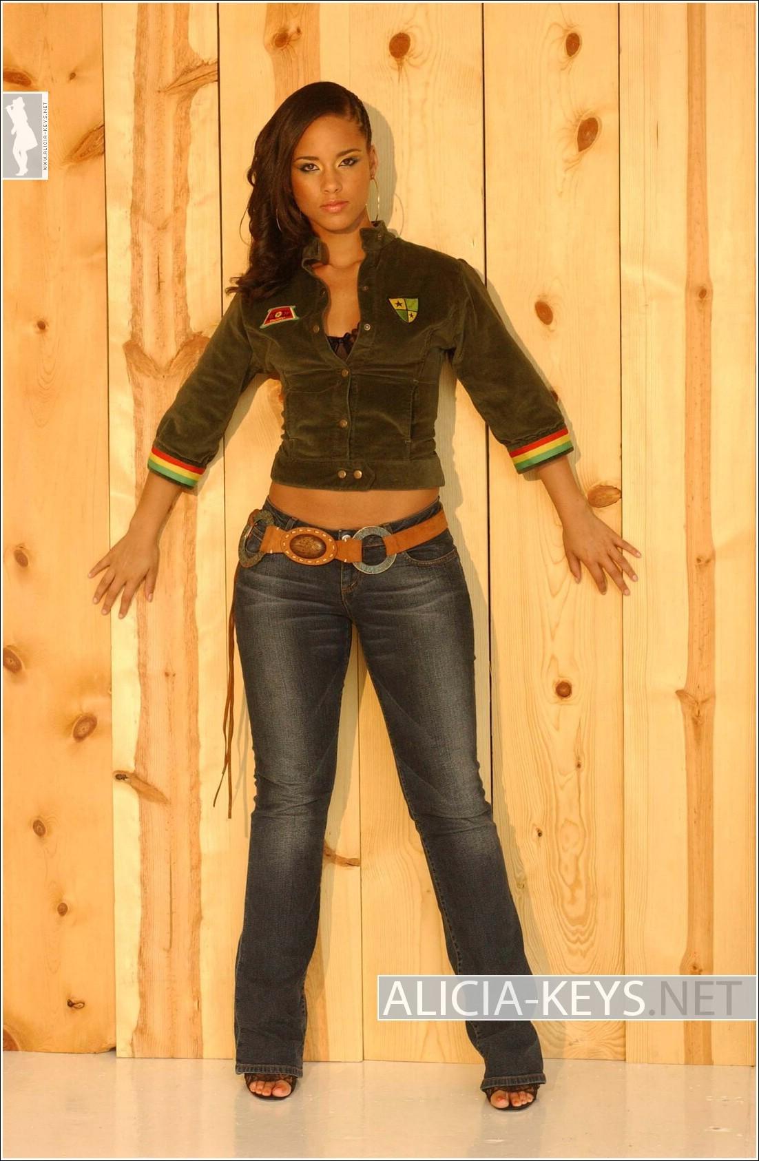 Digitalminx.com - Actr... Alicia Keys